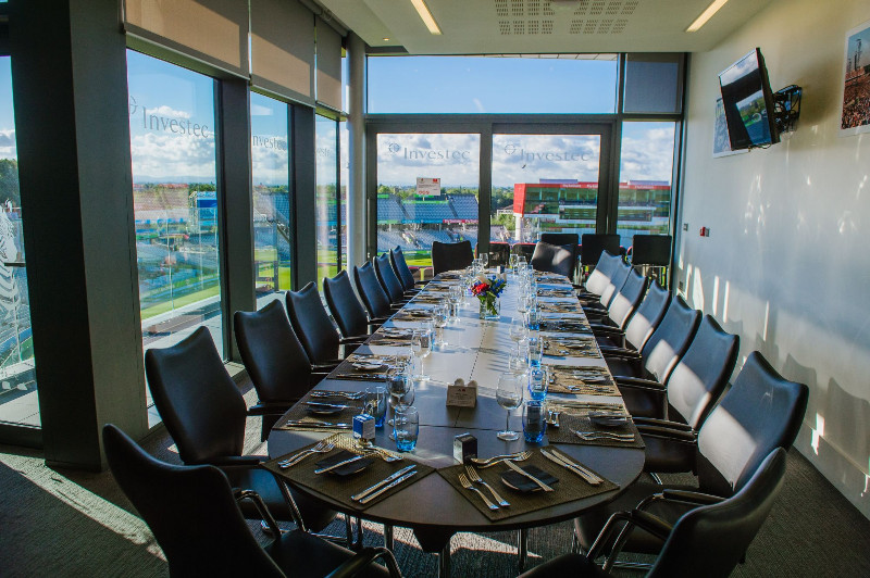 Executive-Box-at-Emirates-Old-Trafford