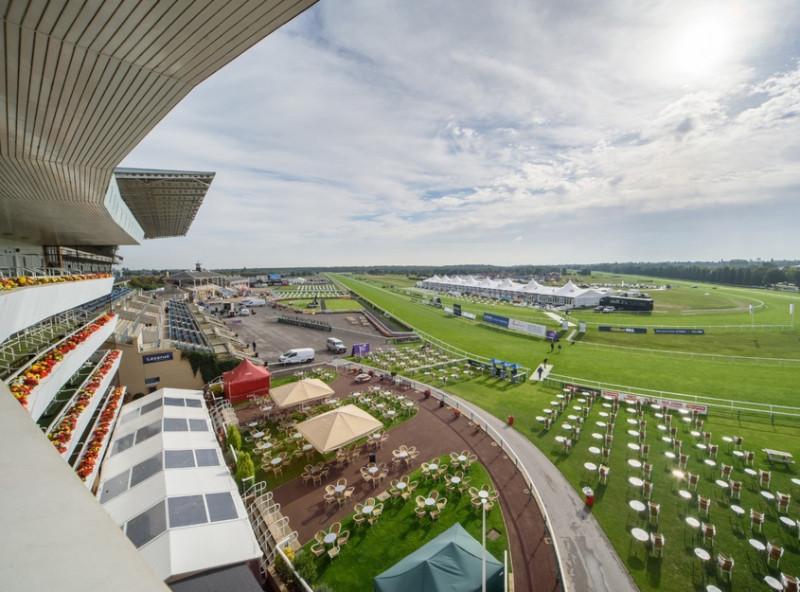Doncaster-Racecourse_2