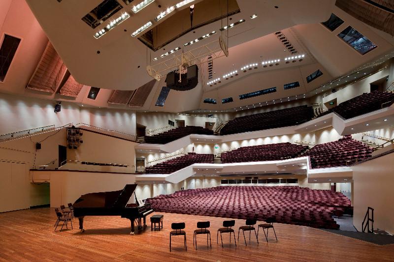 Royal-Concert-Hall-interior-2009